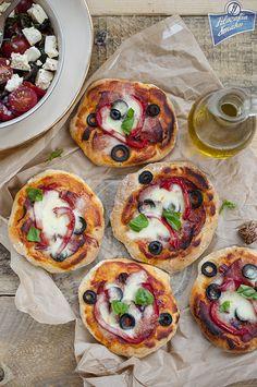Pizza na cieście ziołowym