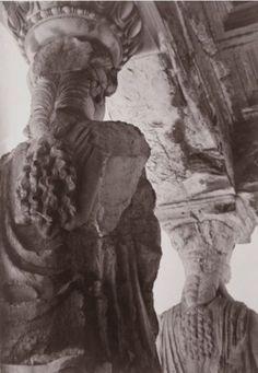 Caryatids temple on the Acropolis known as the Erechtheion by Nelly's (Elli Souyioultzoglou - Seraidari) Ancient Greek Sculpture, Ancient Egyptian Art, Ancient Aliens, Ancient Greece, Ancient History, Athens Acropolis, Parthenon, Athens Greece, Mykonos