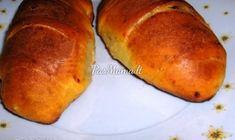 Varškinės bandelės su mėsa Baked Potato, Potatoes, Bread, Baking, Ethnic Recipes, Food, Mesas, Bread Making, Meal