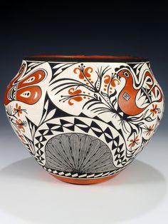 Acoma Pottery | Acoma Pueblo Hand Coiled Pottery