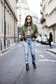 Zara High Waist Jeans, Missguided Bomber Jacket, High Heels Suicide Tee Shirt