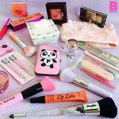 Quali prodotti NON CONOSCETE di quelli in foto?  #beautydea #beauty #makeup #blogger #instagram #instabeauty #blogger #cute