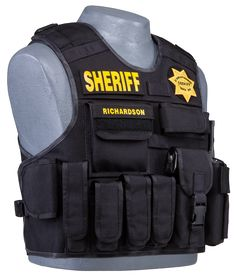 Tactical outer carrier YES! Tactical Vest Carrier, Police Tactical Vest, Tactical Clothing, Tactical Gear, Police Duty Gear, Swat Police, Airsoft, Law Enforcement Gear, Law Enforcement Equipment