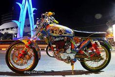 Yamaha Motorcycles, Cars And Motorcycles, Honda Cb 100, Style Cafe Racer, Satria Fu, Drag Bike, Super Bikes, Scrambler, Motorbikes