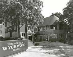 Wychwood Library after its renovation and expansion, 1979 Carnegie Library, Library Boards, The Expanse, Libraries, Toronto, Public, Park, History, House Styles