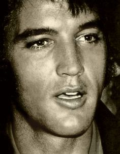 ElvisThe most GORGEOUS man ever created. Just a wonderful man. I love him!!!!!!