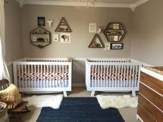 This is the Babyletto Hudson Crib I picked out