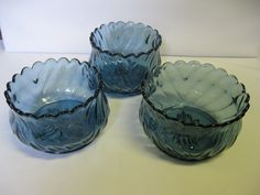 Indiana Glass Tiara Exclusives Blue Lotus Lilly Bowls Made in USA #teamsellit