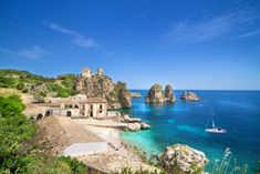 With its approximately 4,660 mi of coastline, Italy is the ideal place for water lovers: