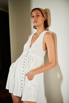 30 Everyday Dresses to Wear at Home This Summer Simple Dresses, Pretty Dresses, Casual Dresses, Coral Dress, Eyelet Dress, Hippie Outfits, Everyday Dresses, Tiered Dress, Free People Dress