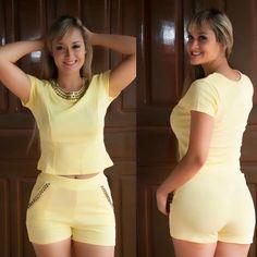 Foto no corpo dos modelos postados anteriormente ⬇️⬇️⬇️ Adquira o seu via direct ou whatssap ! Estamos com uma ótima promoção ! Enviamos para todo do Brasil ✈️ . #fashionlove #fashion #modaparamulheres #cute #style #beauty #look #belezafeminina #loja #modablogueira #tendencias #trend #enviamosparatodobrasil #photo #love #followme #follow #ootd #paetes #luxo #vestido #vestidos #vestidodefesta #lojaonline #vemprahouse #store #instashop #shop