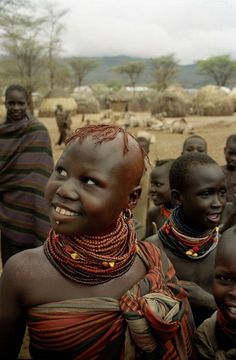 Africa | Young Turkana women at their camp. Lokichokio in the north of Kenya |  © Chris Steele-Perkins