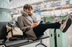 Travel Tips: How to streamline your travels to save you time and money. Ways To Travel, Travel Tips, Flight Sale, Annual Leave, White Linen Shirt, Hand Luggage, New City, Packing Light, Color Splash
