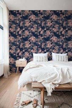 Hey, I found this really awesome Etsy listing at https://www.etsy.com/ca/listing/534885395/vintage-floral-wallpaper-removable