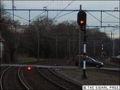 seinen - Google zoeken Trains, Dutch, Vehicles, Google, Dutch Language, Car, Vehicle, Tools