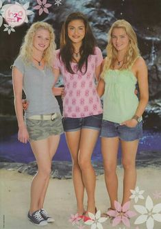 the juice net from mako Cariba Heine, Phoebe Tonkin, Claire Holt, H2o Mermaid Tails, Rikki H2o, No Ordinary Girl, H2o Mermaids, Indiana Evans, Mermaid Pictures