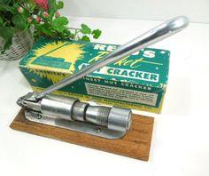 Reeds Rocket Nut Cracker Adjustable housewares by ReneesRetro  #vintage #nutcracker #reedsrocket