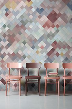 Muted pixels on the diagonal as a wall feature. Blog post with more here: https://moregeous.com/2015/11/06/trend-spot-how-to-use-pixels-in-interior-design/