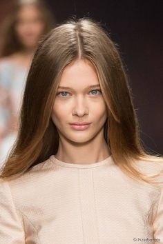 Top 10 Hairstyles for Straight Hair from Instagram