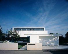 House P by Anna Philipp