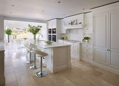Our Latest Dream Family Kitchen From The Devine Collection Cozy Kitchen, Family Kitchen, New Kitchen, Kitchen Decor, Kitchen Island, Kitchen Ideas, Kitchen Layout, Tom Howley Kitchens, Küchen Design