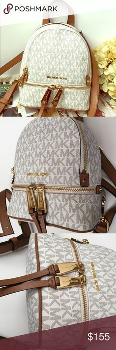Michael Kors Vanilla- Acorn Mini Backpack Excellent condition almost like  new Dimensions  6.25
