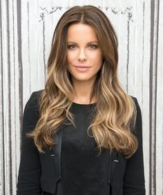 Kate Beckinsale and Ryan Reynolds Look Like Twins in Throwback Photo