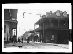 vintagenola:French Quarter - 1880sP... http://ghost-lilies.tumblr.com/post/161406137578/vintagenola-french-quarter-1880s-photo-by-the by http://apple.co/2dnTlwE