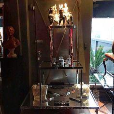 COMPOSITION !!! (SEG-SEX 10:00 às 18:30 - SAB 10:00 às 14:00) #architecture#arquitetura#interiordesign#musthave#cosmopolita#cool#vintage#trend#moveis#furniture#highdecor#decor#sentido#cosmopolitasense#casavoguebrasil#revistakaza#casaejardim#glamurama by sentidocosmopolita