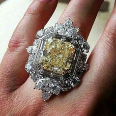 High Jewelry Yellow Diamond and Diamond Ring