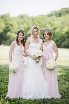 Rustic Nashville wedding: http://www.stylemepretty.com/tennessee-weddings/nashville/2014/09/23/charming-rustic-farm-wedding-in-nashville-at-green-door-gourmet/ | Photography: Bamber Photography - http://bamberphotography.com/