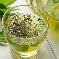 intake is the right way to promote true health and wellness. Leaf Tea Culture aspires to make all possible efforts to deliver lifestyle at your doorstep in the form of green tea. Rheumatische Arthritis, Health And Wellness, Health Tips, Health Benefits, Baked Avocado, Green Tea Benefits, True Health, Green Tea Extract, Best Tea