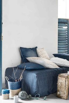 H&M Home Summer Interior Trends - Are You Black, Blue or Brights? - Bright Bazaar by Will Taylor Blue Rooms, White Rooms, Style At Home, Azul Niagara, H & M Home, Living Spaces, Living Room, Affordable Home Decor, Home Decor Furniture
