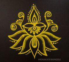Rangoli Designs Simple Diwali, Simple Rangoli Border Designs, Indian Rangoli Designs, Rangoli Designs Flower, Free Hand Rangoli Design, Rangoli Borders, Small Rangoli Design, Rangoli Designs With Dots, Flower Rangoli