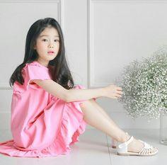 Cute Asian Babies, Korean Babies, Asian Kids, Cute Asian Girls, Little Girl Models, Child Models, Beautiful Little Girls, Beautiful Children, Girly Outfits
