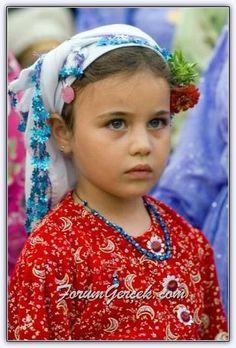 Turkish girl from Kızılağaç Köyü, Çomakdağ - Muğla Turkey