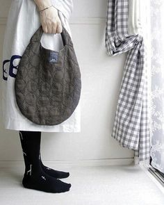 natural handmade clothes : 네이버 블로그 Handmade Clothes, Handmade Bags, Japanese Knot Bag, Embroidered Bag, Simple Bags, Fabric Bags, Purses And Bags, Tote Bag, Womens Fashion