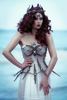"""postapogirls: """"Siren by Ophelia-Overdose Dressed in Fiori Couture. Captured by Moritz Maibaum Photography. Sea Witch Costume, Siren Costume, Halloween Outfits, Halloween Costumes For Kids, Costumes For Women, Family Costumes, Halloween 2019, Death Metal, Cyberpunk"""