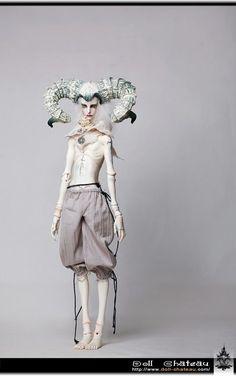 http://www.ebay.com/itm/Mephisto-Pheles-Doll-Chateau-72cm-boy-super-dollfie-size-bjd/231101123213?_trksid=p2047675.c100005.m1851