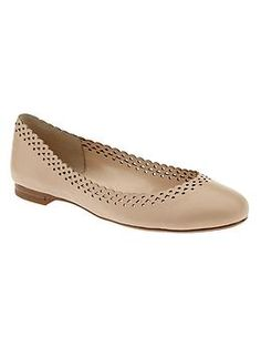 Avaa Ballet Flat (Banana Republic)  Pair with anything for sightseeing, lunch, lounging around