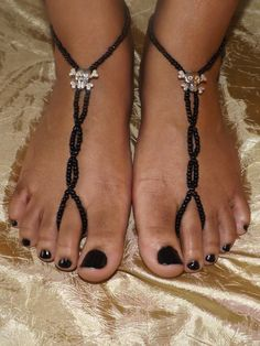 Barefoot Sandals Body Jewelry Foot Jewelry by SubtleExpressions Beaded Foot Jewelry, Ankle Jewelry, Beaded Sandals, Beaded Anklets, Ankle Bracelets, Body Jewelry, Crochet Barefoot Sandals, Ankle Chain, Gorgeous Feet