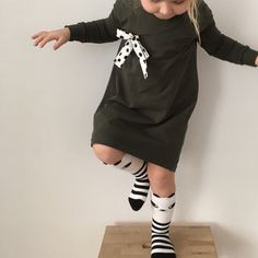 The Best Lena gown Jurkje met plooi op de rug, free of char. Diy Clothes And Shoes, Sewing Clothes, Fashion Kids, Toddler Fashion, Toddler Dress, Baby Dress, Kids Outfits Girls, Girl Outfits, Clothing Patterns