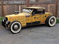 '29 Ford roadster with up top