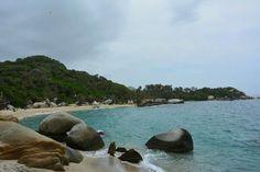 Venez vous balader dans le parc Tayronna et admirer ses belles plages. Santa Marta, Colombie. De Bogota à Santa Marta