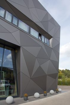 Asport Centre in Diekirch, Luxembourg Cladding Design, Exterior Wall Cladding, Facade Design, Concept Models Architecture, Modern Architecture House, Facade Architecture, Metal Facade, Building Facade, Building Design