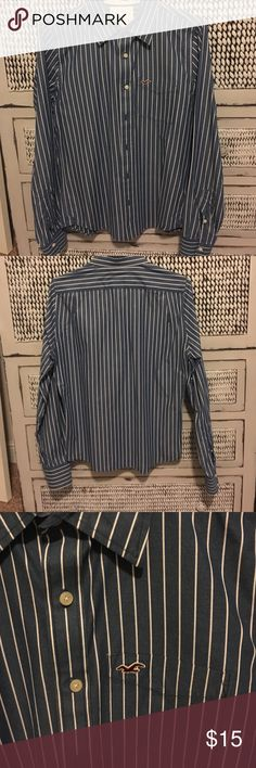 Hollister button down shirt men's medium Hollister button down shirt men's medium.  Only worn a couple of times.  No stains, fading or holes.  Perfect condition!!! Hollister Shirts Casual Button Down Shirts