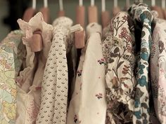Baby Blouses at Posie gets Cozy Zooey Deschanel, Model Tips, Rebel, Vogue, Getting Cozy, Hipster, Look Fashion, How To Make, How To Wear