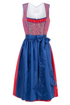 Vanessa Dopino Couture Dirndl um 490 Petticoat um 130 Euro - myself