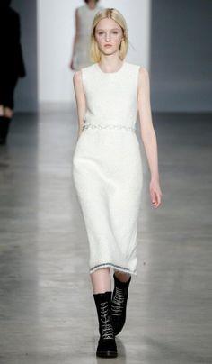 Calvin Klein Collection (Modella: Sabine Cozijnsen) | Fall/Winter 2014-2015 Trendy Boots | #runway #outfit #inspiration #fashion