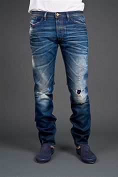 Top ten brands of jeans in india Denim Display, Jogg Jeans, Casual Outfits, Men Casual, Men's Outfits, Diesel Fashion, Diesel Jeans, Skinny Fit Jeans, Well Dressed Men